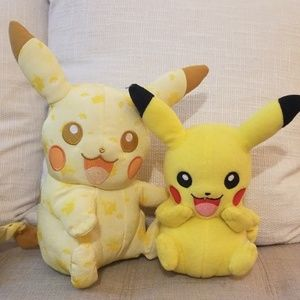 Pokemon Pikachu 2 plush by Tommy